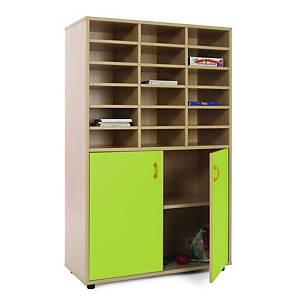 Móvel com divisões e armário com portas verdes