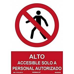 Placa  alto accesible solo a persona autorizado  - PVC - 300 x 210 mm