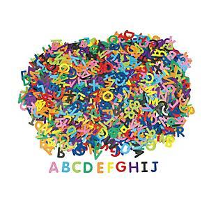 Colorations gommettes lettres couleurs assorties - le paquet de 2.600 gommettes